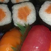 Foto tirada no(a) Flying Sushi por Alexandre S. em 7/29/2013