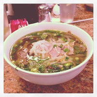 Photo taken at Pho 88 Vietnamese Restaurant by Luis on 7/2/2013