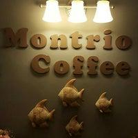 Photo taken at montrio coffee by ลูกชายคนที่ VIII™ on 2/6/2016