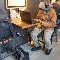 Снимок сделан в Starbucks пользователем Sunny S. 1/3/2018