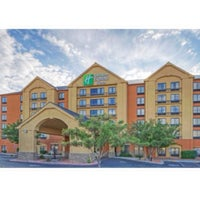 Photo taken at Holiday Inn Express & Suites Albuquerque Midtown by Paul P. on 9/12/2013
