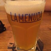 Foto tomada en La Menuda - Craft Beer & Crazy Food por Marc L. el 10/20/2017