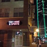 Foto tirada no(a) 1001 Wine & Spirits por Brittney B. em 4/16/2013