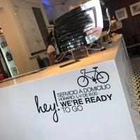 Снимок сделан в Hey! Brew Bar пользователем Lourdes L. 7/14/2018