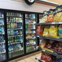 Photo taken at 7-Eleven by 玉米 玉. on 6/28/2018