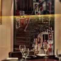 Foto tomada en Ateneo Restaurant Bar & Club por José Luis C. el 2/28/2016