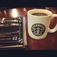 Photo taken at Starbucks by tsukasa0911 on 11/21/2012