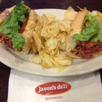 Foto scattata a Jason's Deli da Michele M. il 3/2/2013