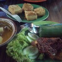Photo taken at Bengkel Kuliner by ayoeayu on 4/4/2014