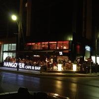 9/1/2013 tarihinde Ersun S.ziyaretçi tarafından Hangover Cafe & Bar'de çekilen fotoğraf