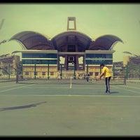 Photo taken at Dr. DY Patil Stadium (डा. डी. वाय. पाटील स्टेडीयम) by Sagar M. on 3/15/2013