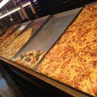 Photo taken at Pizza Al Cuadrado by Anderson J. on 2/3/2013