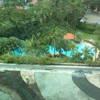 Photo taken at Shangri-La Hotel by Prusoth P. on 6/7/2013