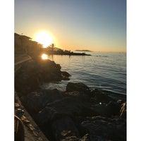 Photo taken at Büyük Ada Sahili Gün Batımı 🌅 by Duygu K. on 4/16/2016