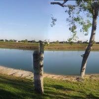 รูปภาพถ่ายที่ Tom Bass III Regional Park โดย MsUniquelyDesigned เมื่อ 4/12/2013