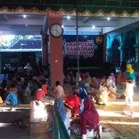 Photo taken at Kampoeng Ramadhan Jogokaryan by Septo S. on 7/19/2013