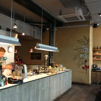 Photo prise au Ozone Coffee Roasters par Steve A. le5/15/2013