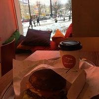 Снимок сделан в Moo Moo Burgers пользователем 💫ms.Ann👸🏻💫 2/9/2018