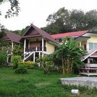 Photo taken at Phi Phi Chang Grand Resort by Nikka on 2/16/2015