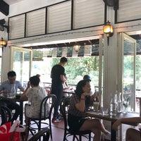 Photo prise au Riders Cafe par Man Y. le8/21/2018