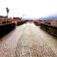 Foto tirada no(a) Ponte Romana de Ourense por Carlos M. em 10/17/2012