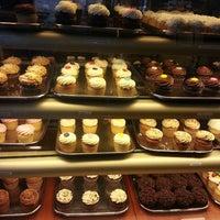 Foto scattata a Martha's Country Bakery da Meliz B. il 4/24/2013