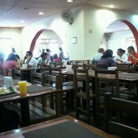 Photo taken at Restaurante Roast by Laís B. on 10/31/2013