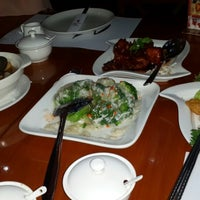 Photo taken at The Mango Chinese Cuisine by Ir G. on 4/29/2014