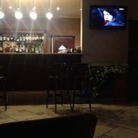 รูปภาพถ่ายที่ City Club Restaurant โดย Lelichka L. เมื่อ 11/29/2014
