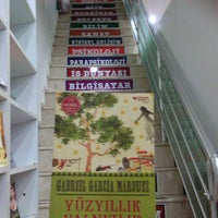 8/6/2014 tarihinde Tuce B.ziyaretçi tarafından Tivoli Kitabevi'de çekilen fotoğraf