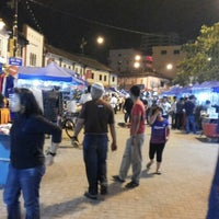 Photo taken at Pasar Karat (Bazar JB) by Masak A. on 4/19/2013