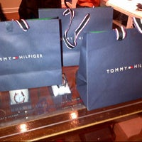 Photo taken at Tommy Hilfiger by Fernando G. on 8/1/2013