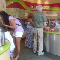 Photo taken at Menchie's Frozen Yogurt by Valerie A. on 9/23/2012