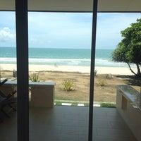 Photo taken at Chonnapha Resort by ภรัณสุภา .. on 5/8/2014