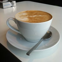Снимок сделан в Чашка Кофе пользователем Анна П. 5/11/2013