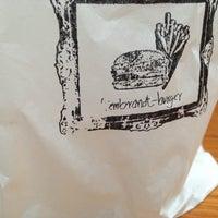 Das Foto wurde bei Rembrandt Burger von Matthias K. am 5/17/2013 aufgenommen
