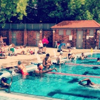 Photo prise au London Fields Lido par Dale K. le8/4/2013