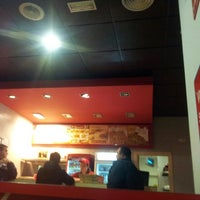 Foto tomada en Telepizza Lucena por xaxokevin el 3/11/2013