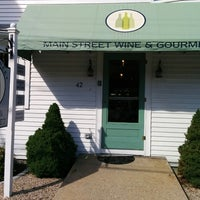 Photo taken at Main Street Wine And Gourmet by Melissa S. on 6/28/2014