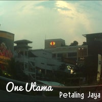 Photo taken at 1 Utama Shopping Centre (Old Wing) by Alven T. on 3/7/2013