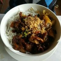 Photo taken at Lệ Ánh's Vietnamese Restaurant by Denise W. on 12/8/2016