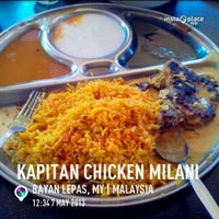 Photo taken at Restoran Kapitan by ZakryAbubakar Z. on 5/7/2013