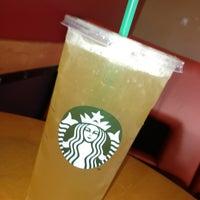 Photo taken at Starbucks by David Oswaldo C. on 6/24/2013