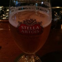Foto tomada en Kenneally's Irish Pub por Heydel C. el 1/5/2014