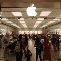 Photo taken at Apple Florida Mall by Alex G. on 7/28/2013