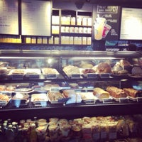 Photo taken at Starbucks by Evelyn Y. on 8/18/2013