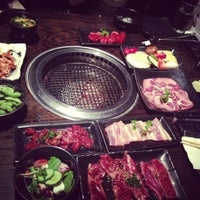 Photo prise au Gyu-Kaku Japanese BBQ par Evelyn Y. le9/22/2013