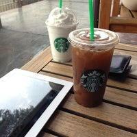 Photo taken at Starbucks by Héctor M. on 4/7/2013