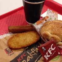 Photo taken at KFC by Boommiie L. on 5/7/2014