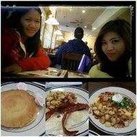 Photo taken at Bob Evans Restaurant by April Rose L. on 11/15/2014